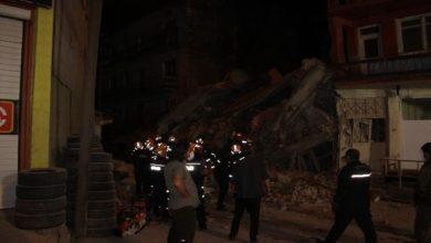 Photo of Erzurum'da 5 katlı metruk bina çöktü