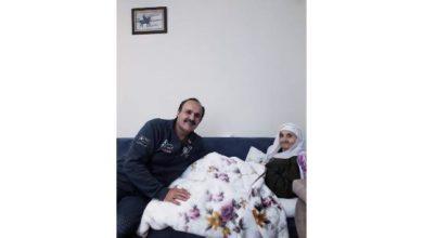 Photo of Aşık Erol Şahiner'in anne acısı