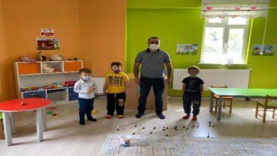 Photo of Şenkaya Kaymakamı Çağlar, yüz yüze eğitime başlayan öğrencileri ziyaret etti