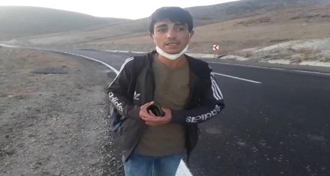 Okula gidebilmek için her gün 25 kilometre yolu yürüyor
